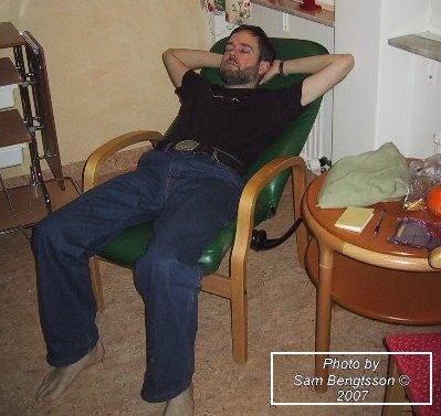 en trött blivande fader