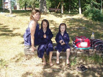 mamma och pojkarna har badat ...