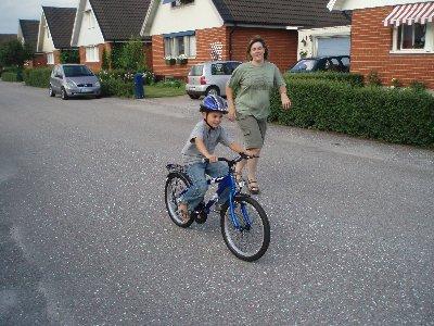 Emanuel cyklar ...